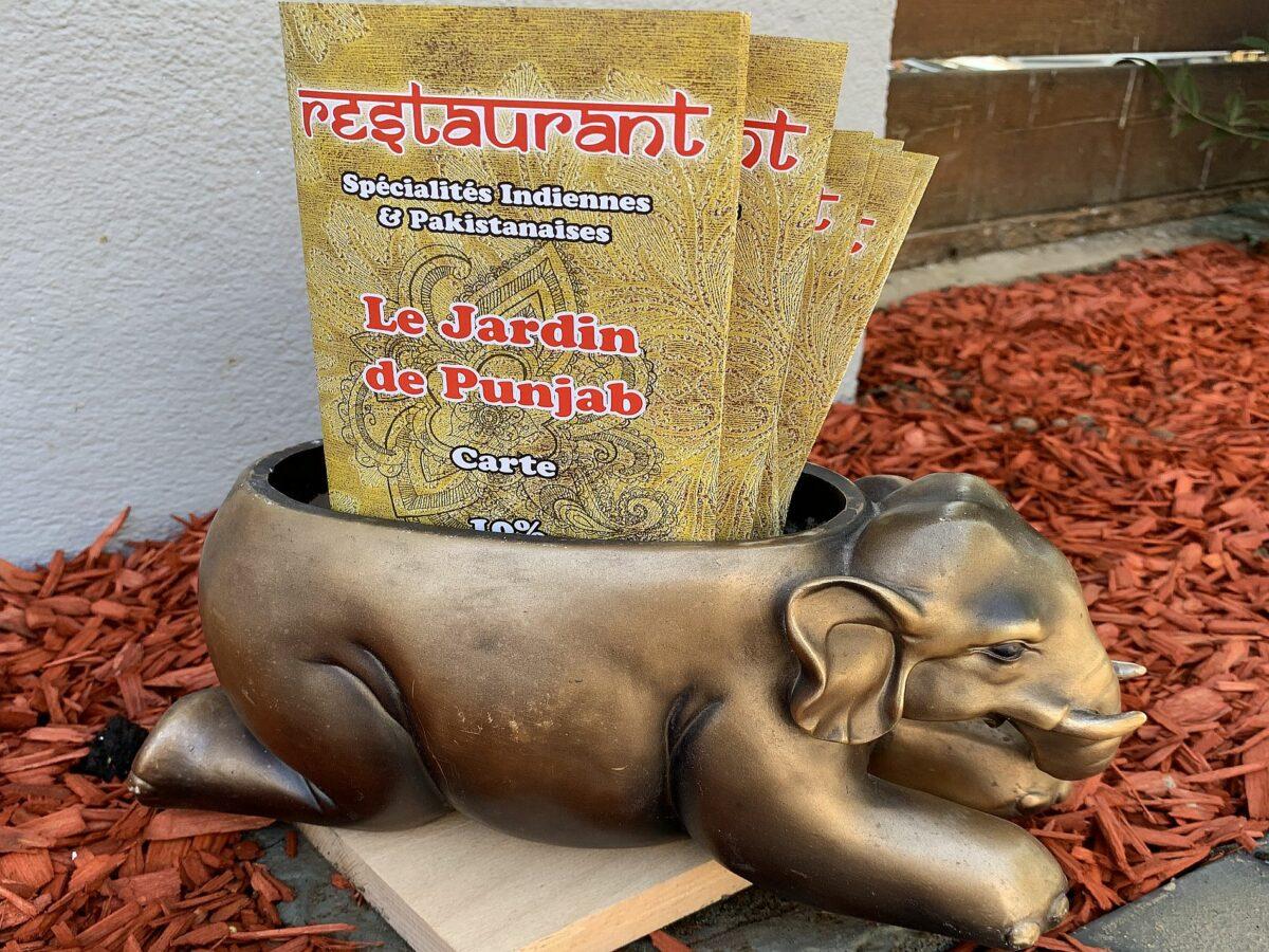 Présentoir menu resto Jardin de Punjab