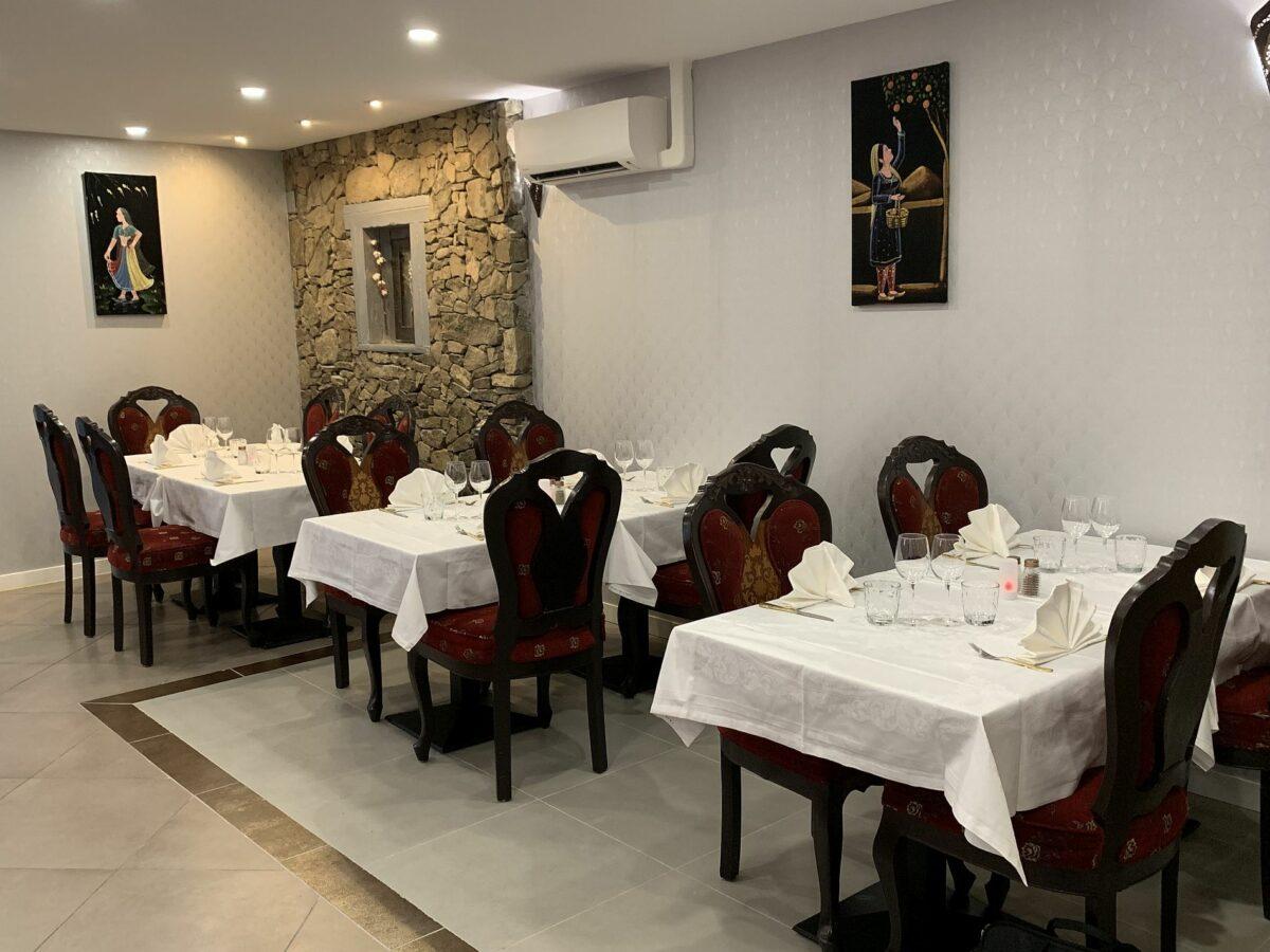 Décor Restaurant Indien Jardin de Punjab Annecy